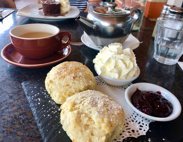 DT@The Beehive Cafe-Beecroft
